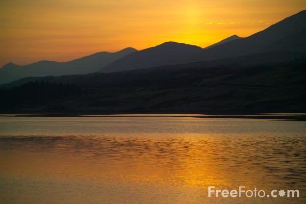 Picture of Sunset over Lochan na h-Achlaise, Scotland - Free Pictures - FreeFoto.com