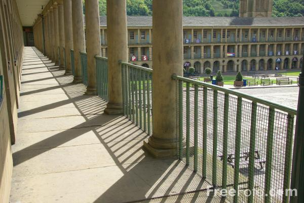 Picture of The Piece Hall, Halifax, West Yorkshire - Free Pictures - FreeFoto.com