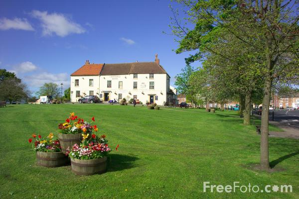 Picture of Sedgefield, County Durham - Free Pictures - FreeFoto.com