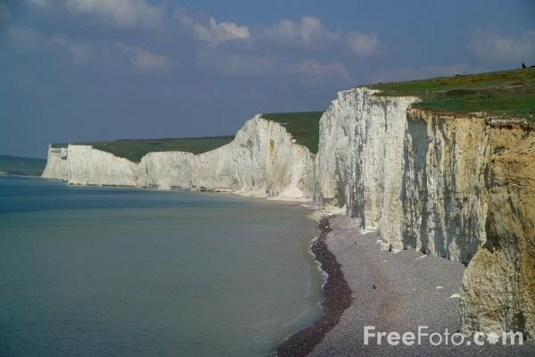 Picture of The Seven Sisters as seen from Birling Gap - Free Pictures - FreeFoto.com