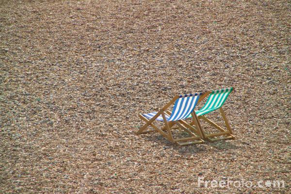 Picture of Deck Chairs, Brighton sea front - Free Pictures - FreeFoto.com