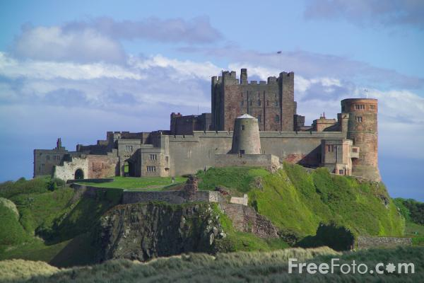 Picture of Bamburgh Castle, Northumberland - Free Pictures - FreeFoto.com