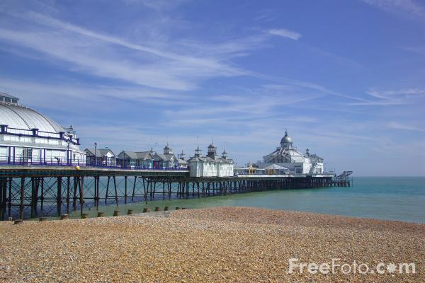 Picture of Eastbourne Pier - Free Pictures - FreeFoto.com