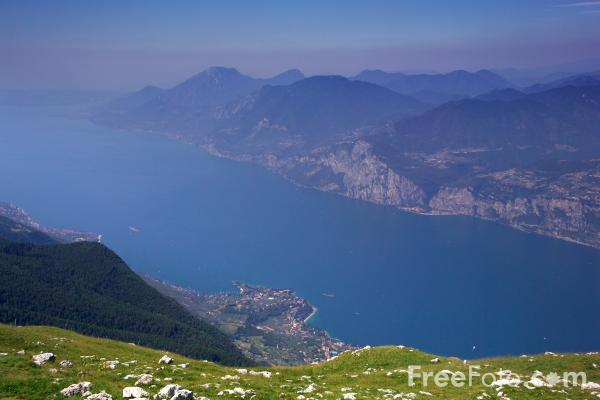 Picture of Lake Garda, Italy - Free Pictures - FreeFoto.com
