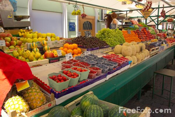 Picture of Fruit and Vegetable Market, Bolzano, Italy - Free Pictures - FreeFoto.com