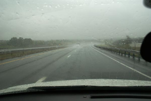 Picture of Rain on the Interstate - Free Pictures - FreeFoto.com