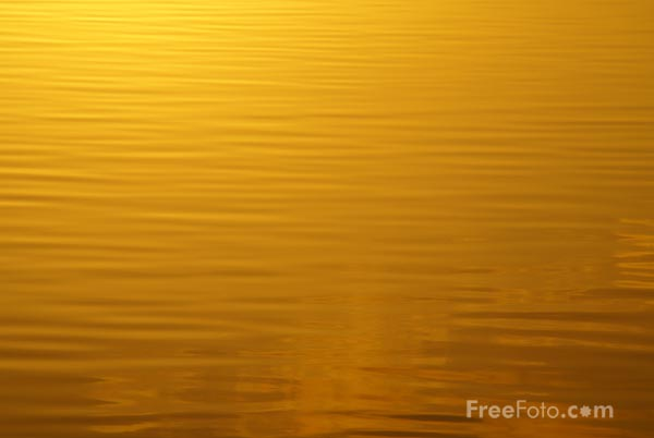 Picture of Sunset, Bolam Lake, Northumberland - Free Pictures - FreeFoto.com