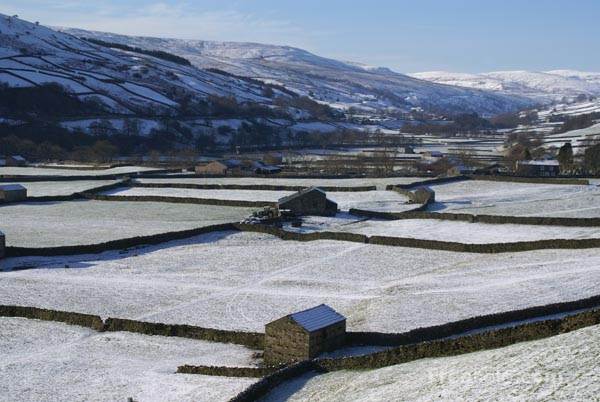Picture of Winter Scene, Gunnerside, North Yorkshire - Free Pictures - FreeFoto.com