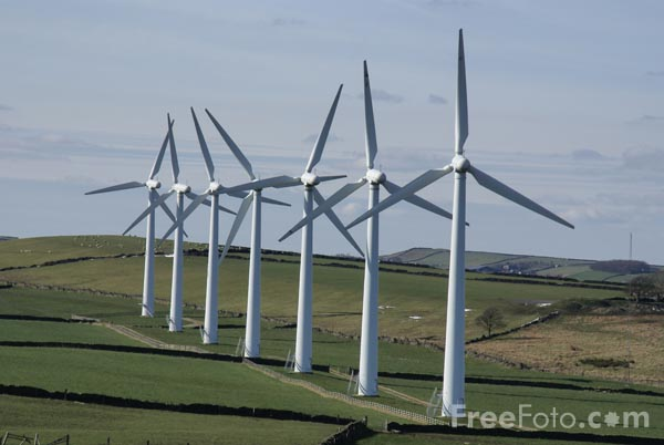 Picture of Royd Moor Windfarm - Free Pictures - FreeFoto.com