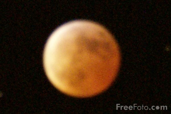 Picture of Lunar Eclipse - Free Pictures - FreeFoto.com