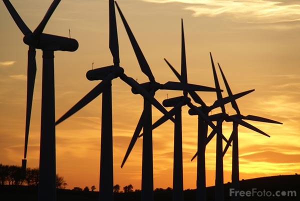 Picture of Royd Moor Windfarm at sunset - Free Pictures - FreeFoto.com
