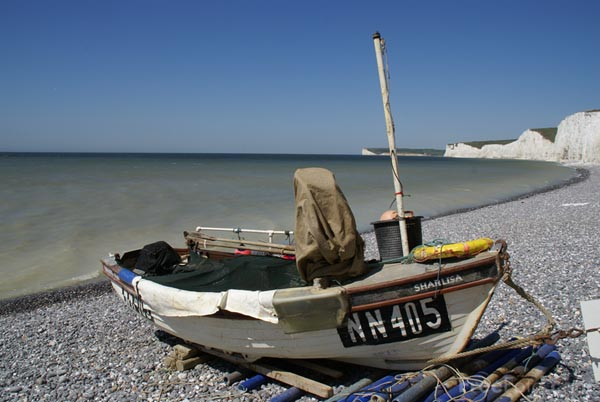 Picture of Fishing Boat, Birling Gap Beach - Free Pictures - FreeFoto.com