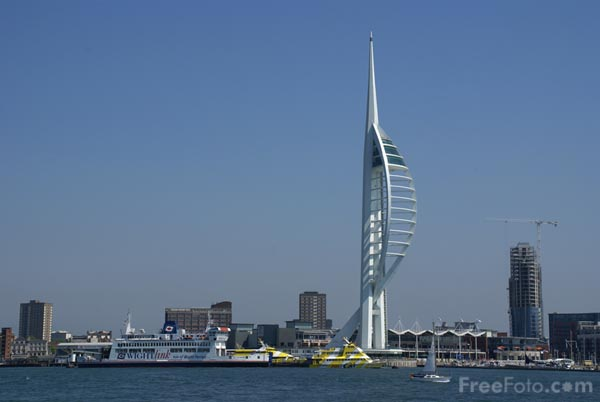 Picture of Spinnaker Tower, Portsmouth - Free Pictures - FreeFoto.com