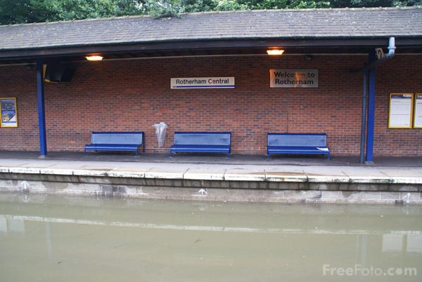 Picture of Rotherham station submerged under flood water - Free Pictures - FreeFoto.com
