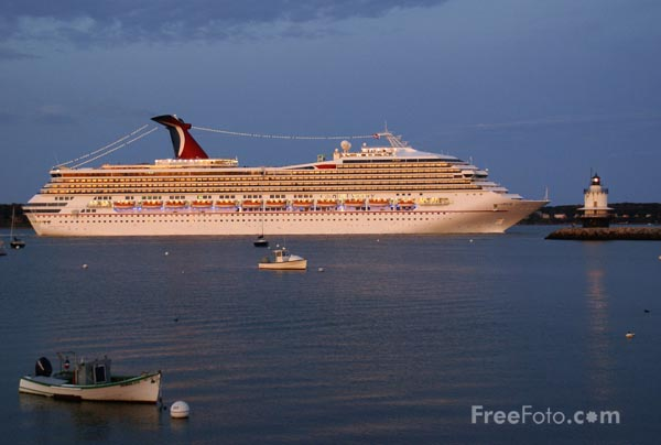 Picture of Cruise Ship Carnival Victory, Portland, Maine - Free Pictures - FreeFoto.com