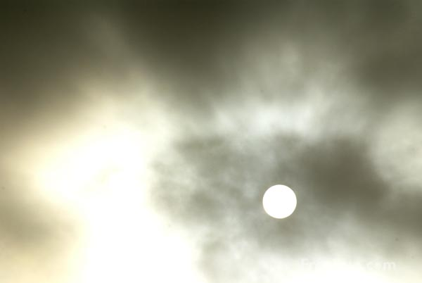 Picture of Clouds and Sun - Free Pictures - FreeFoto.com