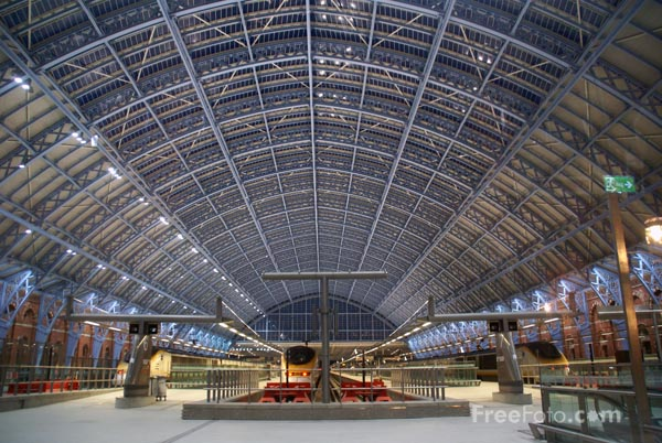 Picture of St Pancras International, London - Free Pictures - FreeFoto.com