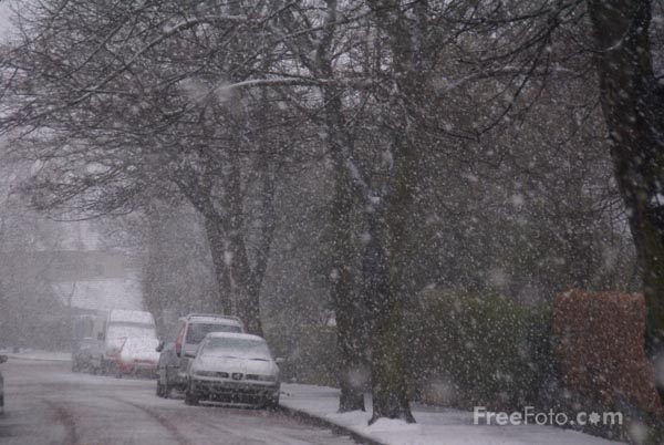 Picture of Snow covered street - Free Pictures - FreeFoto.com