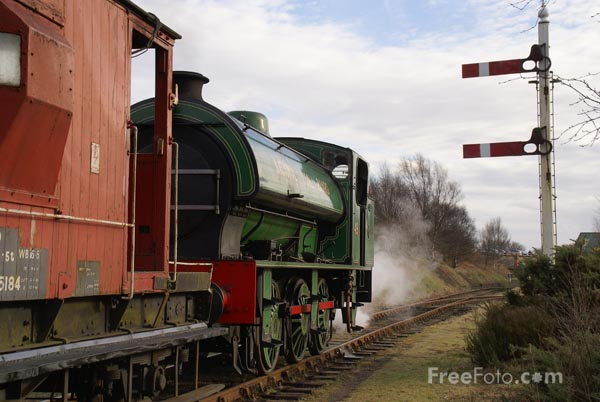 Picture of Coal Train on the Tanfield Railway - Free Pictures - FreeFoto.com