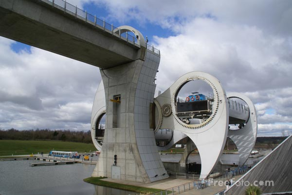 Picture of The Falkirk Wheel - Free Pictures - FreeFoto.com
