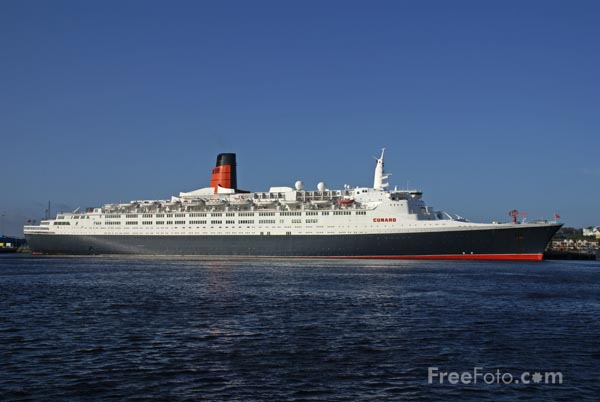Picture of QE2 Queen Elizabeth 2 visits Tyne for the last time - Free Pictures - FreeFoto.com