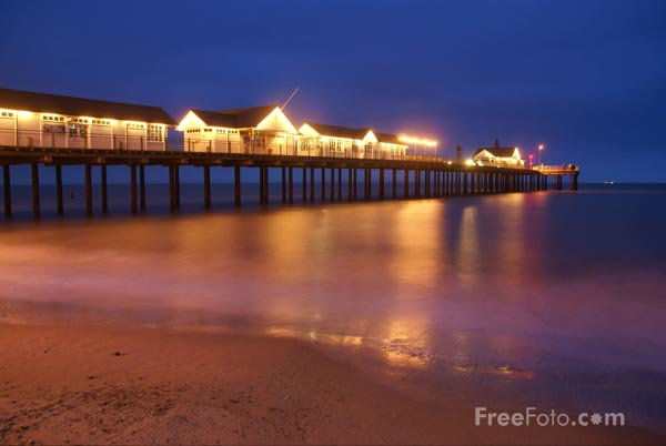 Picture of Southwold Pier - Free Pictures - FreeFoto.com