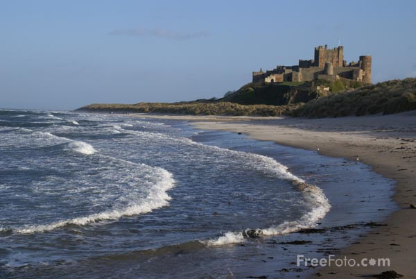 Picture of Northumberland coast, Bamburgh - Free Pictures - FreeFoto.com