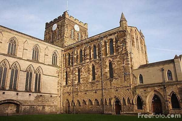 Picture of Hexham Abbey - Free Pictures - FreeFoto.com