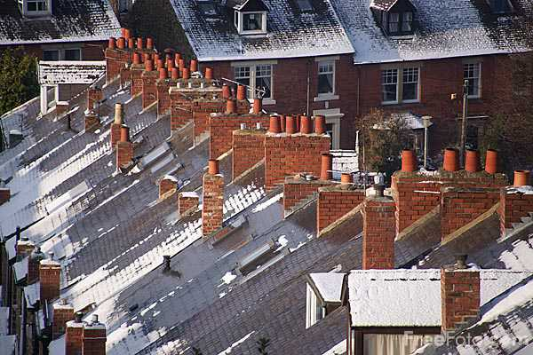 Picture of City rooftops covered in snow. - Free Pictures - FreeFoto.com
