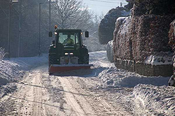 Picture of snowplough - Free Pictures - FreeFoto.com