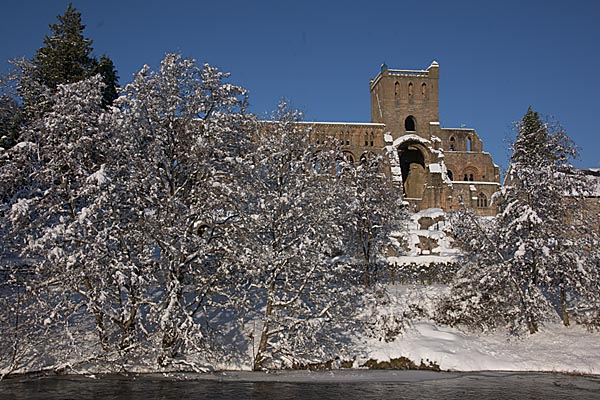 Picture of Jedburgh in Winter - Free Pictures - FreeFoto.com