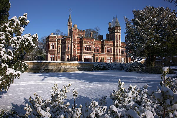 Picture of Saltwell Park in Winter - Free Pictures - FreeFoto.com