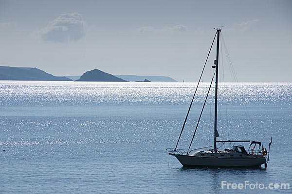 Picture of Yacht in Plymouth Sound - Free Pictures - FreeFoto.com