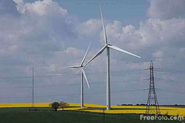Picture of Great Eppleton wind farm - Free Pictures - FreeFoto.com