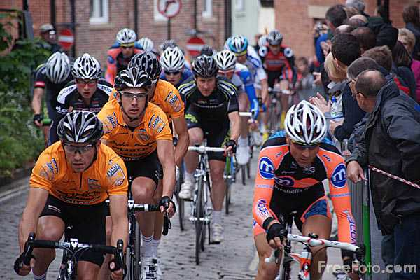 Picture of Halfords City Centre Cycle Racing Tour, Durham City - Free Pictures - FreeFoto.com