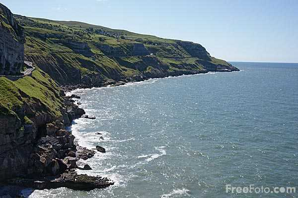 Picture of Great Orme coastline - Free Pictures - FreeFoto.com
