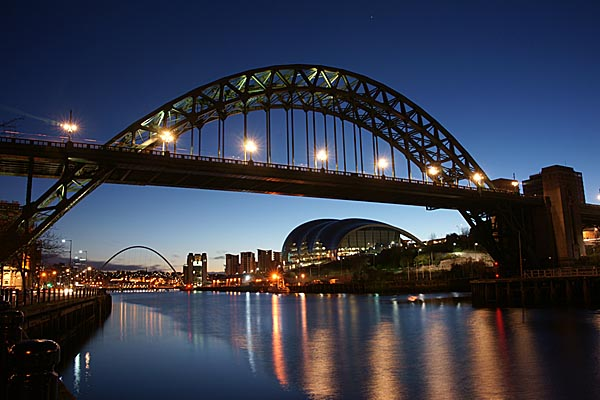 Picture of The Tyne Bridge at dawn - Free Pictures - FreeFoto.com