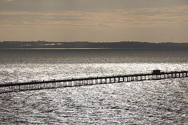 Picture of Southend Pier, Southend on Sea - Free Pictures - FreeFoto.com
