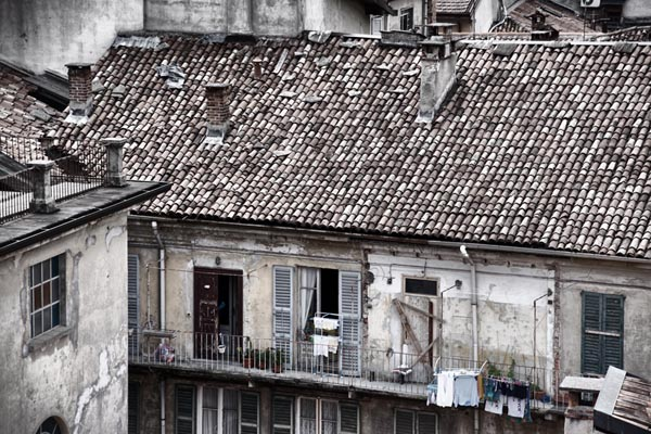 Picture of Como Rooftops - Free Pictures - FreeFoto.com