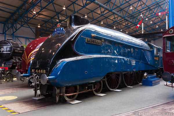 Picture of LNER steam locomotive 'Mallard' 4-6-2 A4 Pacific class, No 4468 - Free Pictures - FreeFoto.com