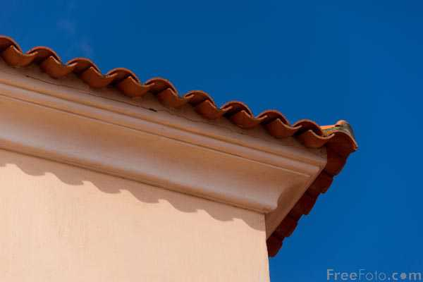Picture of Rooftop, Corsica - Free Pictures - FreeFoto.com