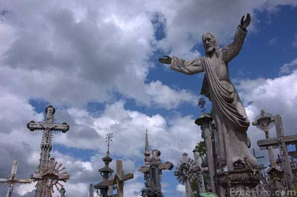 Picture of The Hill of Crosses - Free Pictures - FreeFoto.com